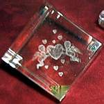 PAPERWEIGHT CUBE ~ Cupids w Hearts